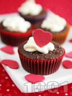 Шоколадови мъфини за десерт за Свети Валентин - снимка на рецептата